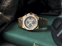 Pre-owned Luxury Watch
